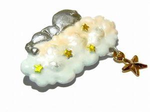 雲でお昼寝 ぞうさん ブローチ 【 cuir carameliser / クイール キャラメリゼ 】