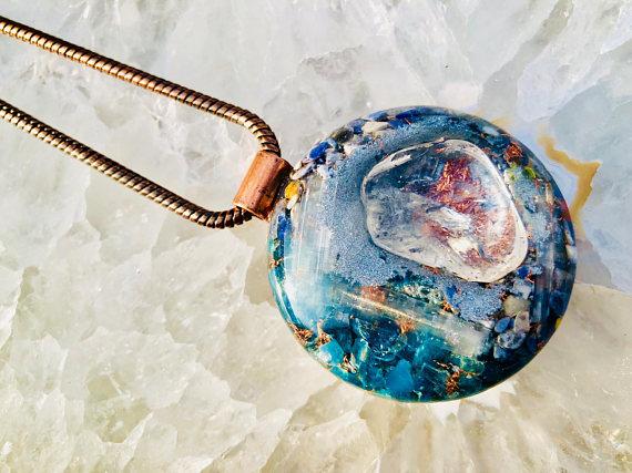オルゴナイト ペンダント L【Powerful Orgone Pendant】水晶/ブルーアパタイト/セレナイト/ソーダライト