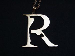 kakurenbo R×ワオキツネザル ネックレス 【Tiny tail /タイニーテイル】 イニシャル 真鍮 アクセサリー