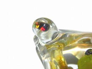 光の射す方へ【 kengtaro / ケンタロー 】 カエル ボロシリケイトガラス ペンダントトップ