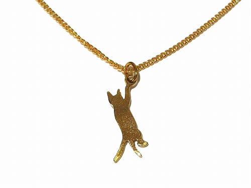 脱走したネコさらに登る ネックレス【thuthu appetizing accessories/nupi】 ハンドメイド 真鍮 アクセサリー