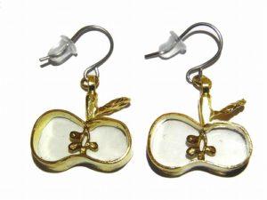 種がみえるりんご ピアス【thuthu appetizing accessories/nupi】 ハンドメイド 真鍮 アクセサリー