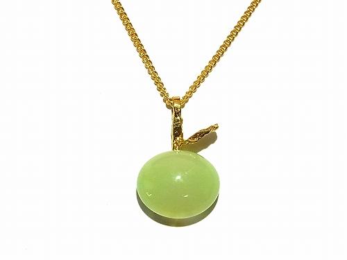 ガラスのりんご ネックレス(グリーン)【thuthu appetizing accessories/nupi】 ハンドメイド 真鍮 アクセサリー