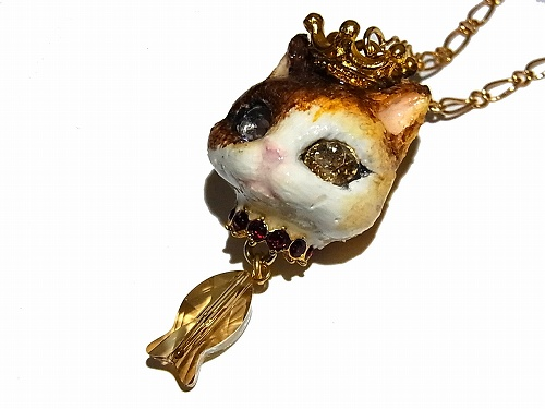猫の戴冠式 ネックレス (G)【Wadou-koubou/和道工房】 ねこ アクセアリー